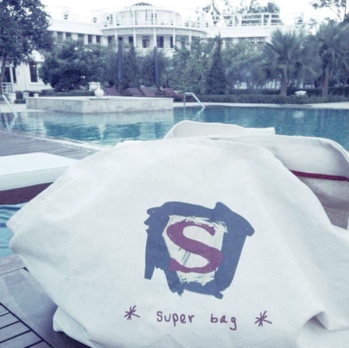 K.10 I Superbag en Cambodia.jpg