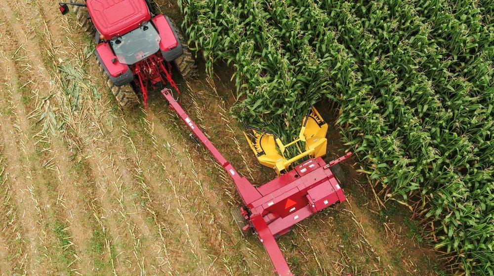 rotary-corn-head-in-action.jpg