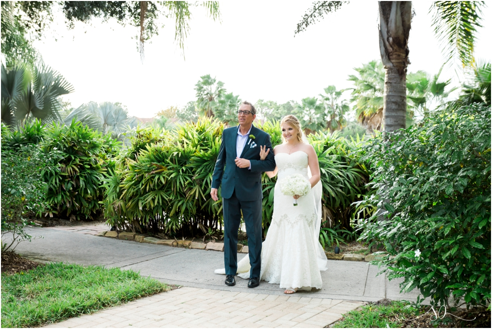 Paradise-Cove-Wedding-Sara-Ozim-Photography_0050.jpg