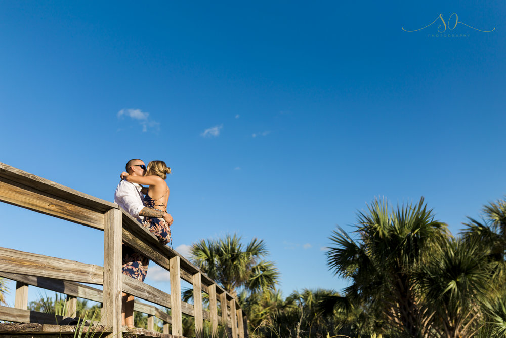 new smyrna beach engagement photos (8).jpg