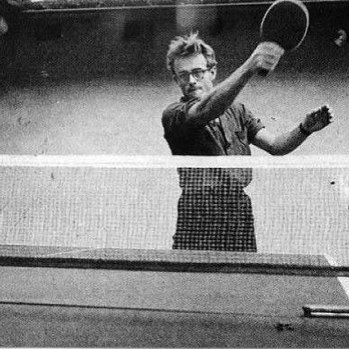 Sunday Pinterest finds: famous people playing ping pong 🏓 . . . . .  #eightyloves #eightymag #printmagazine #jerseycity #culturenyc #nycstyle #zine #magazine #photography #journalism #editorial #inspiration #jerseycitylocal #jamesdean #audreyhepburn #bobmarley #robertredford #paulnewman #davidbowie #elizabethtaylor #ladygaga #tabletennis #pingpong