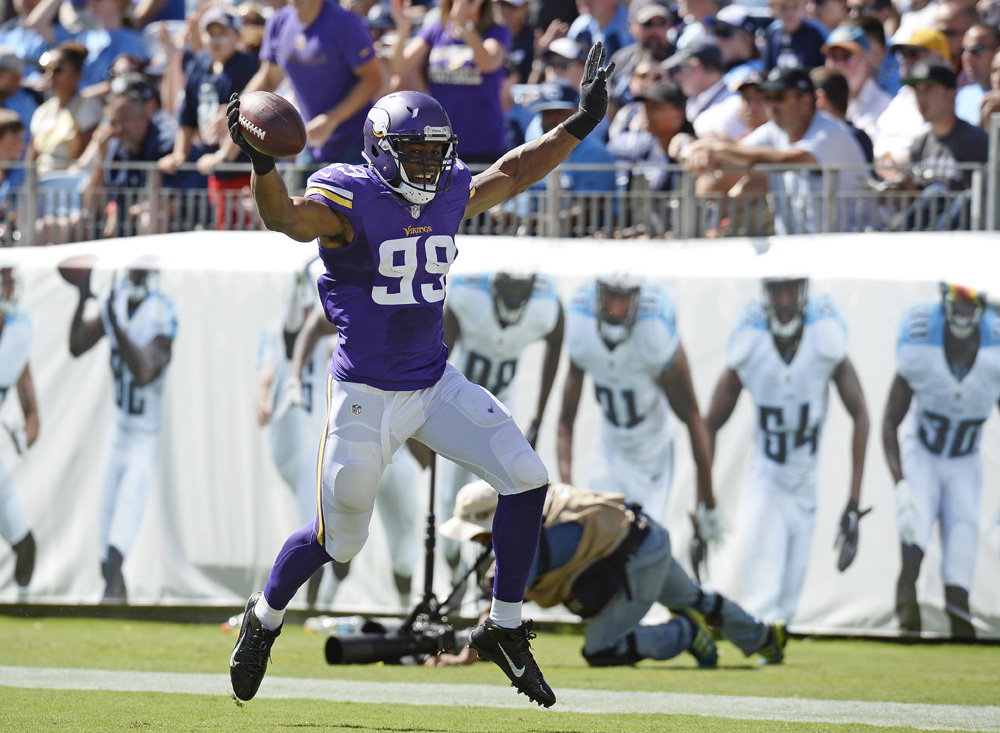 danielle hunter6small.jpg