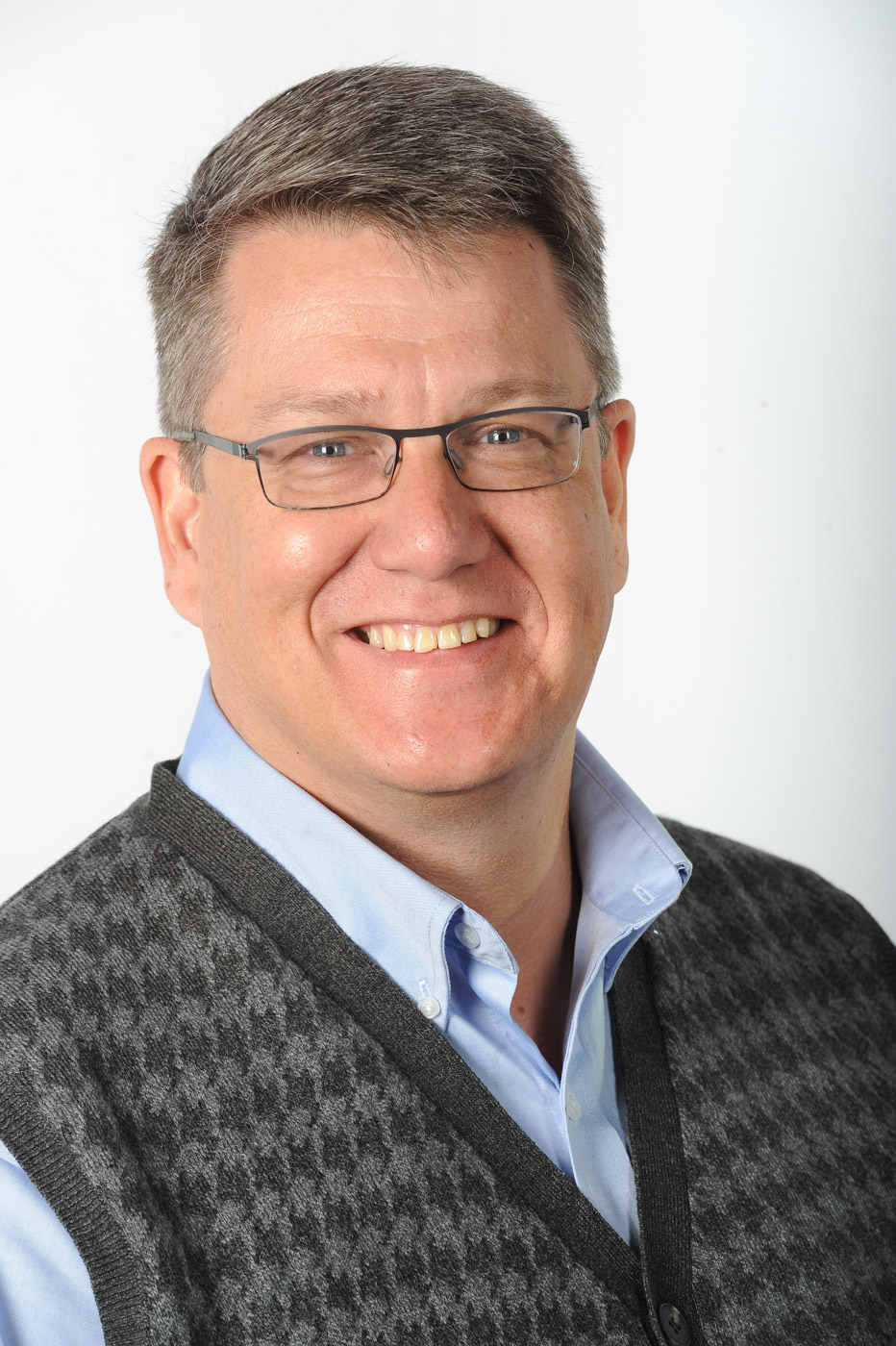 Dave - LinkedIn Headshot.JPG