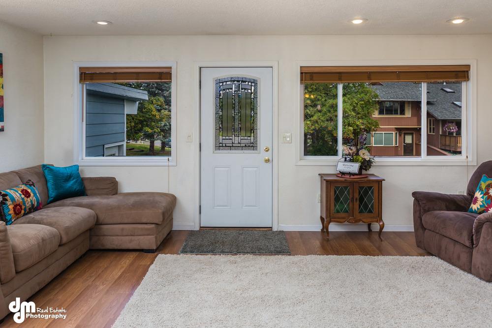 Living Room_DMD_3616.jpg