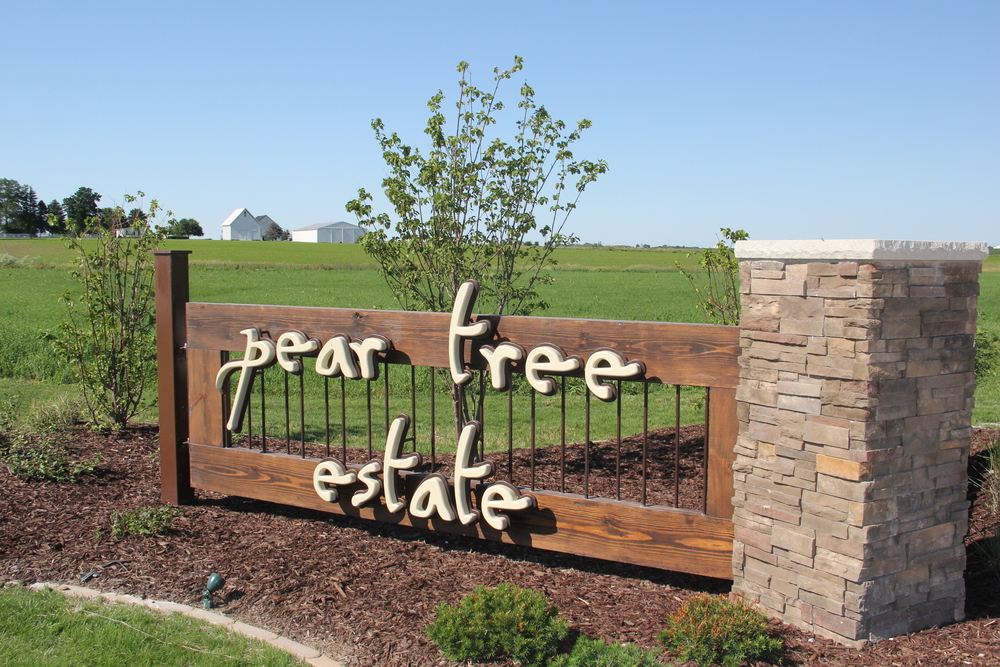 Entrance to Pear Tree Estate