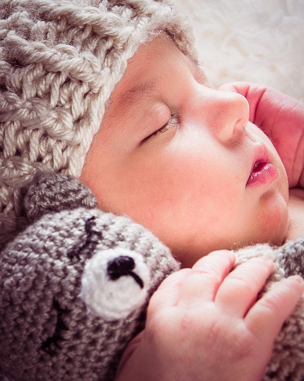newborn session 16 of 16.jpg
