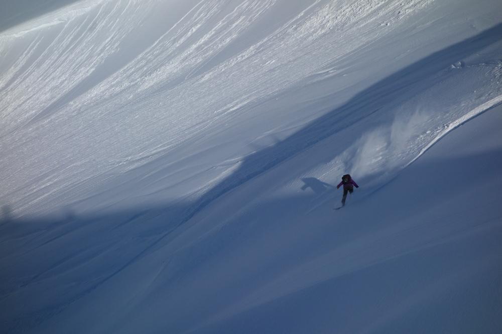 Pure Snow Snowboarding Alaska Alexa 11.JPG