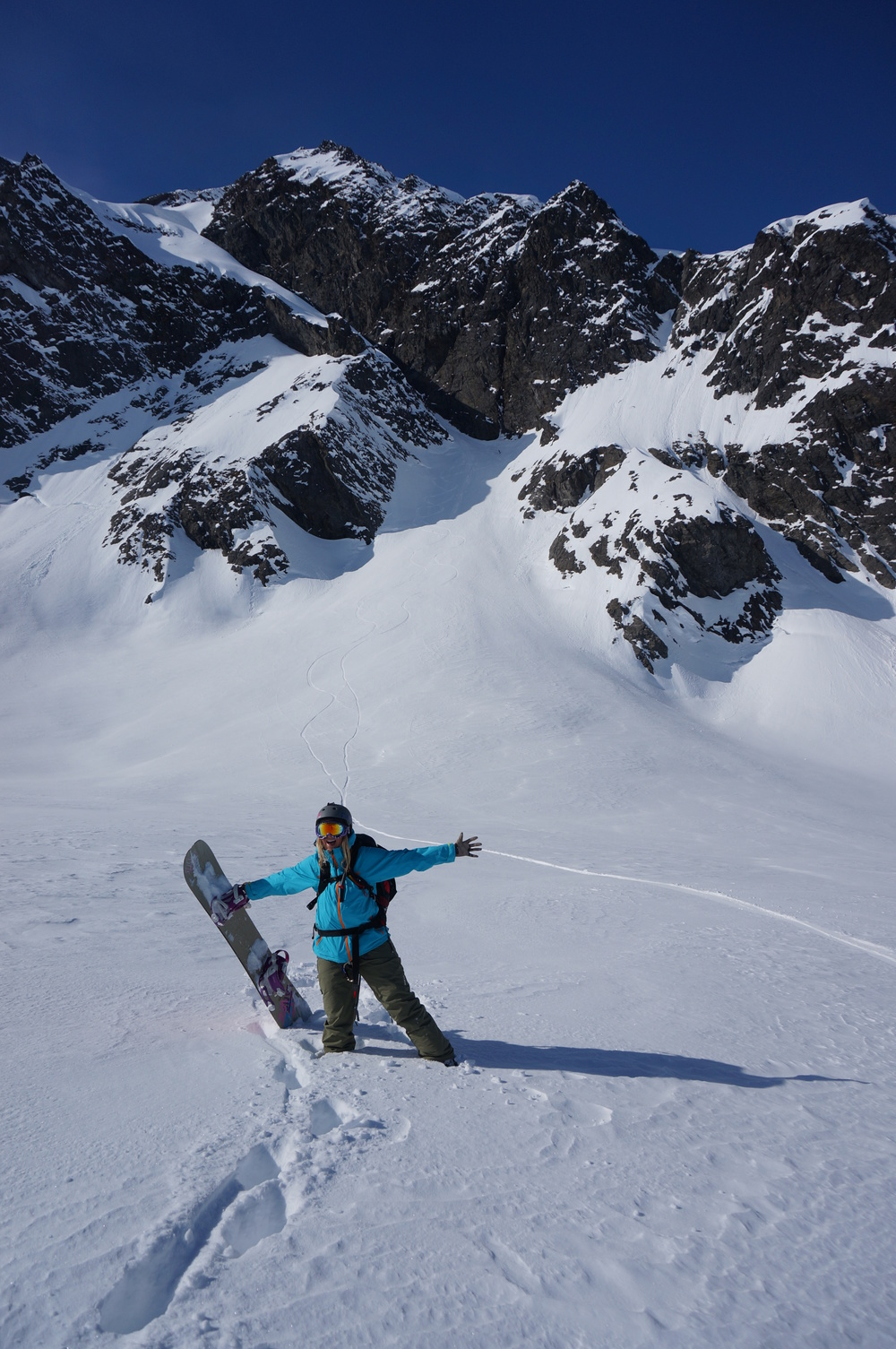 Pure Snow Snowboarding Alaska Alexa 12.JPG