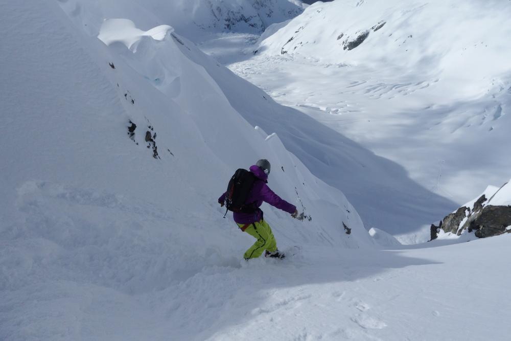 Pure Snow Snowboarding Alaska Alexa 6.JPG