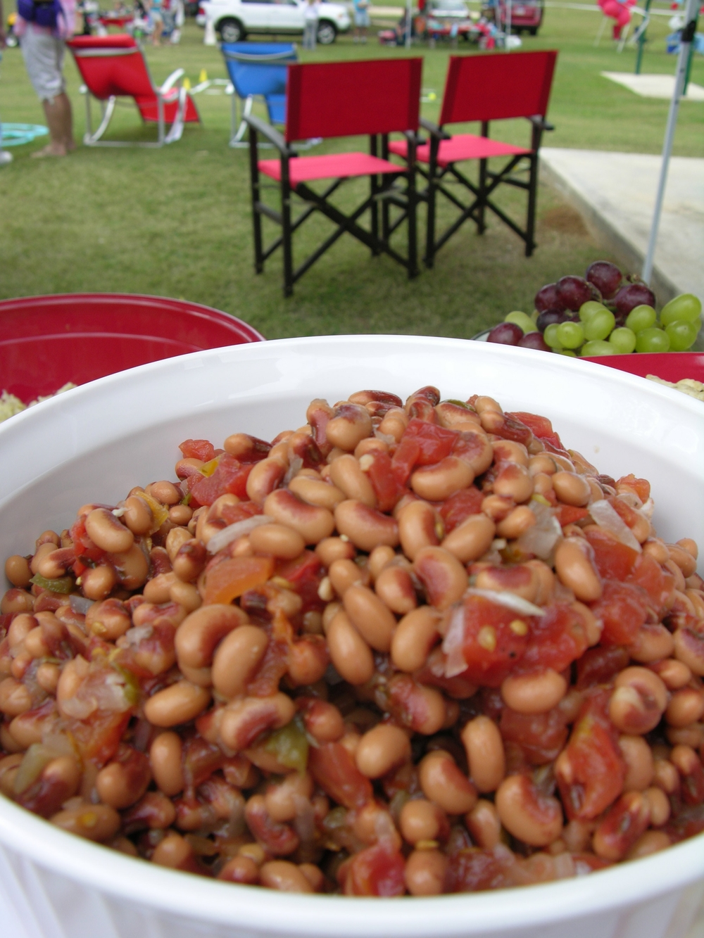 Black Eyed Pea Salad is a great side dish or party dip served with toasted pits chips or those yummy Scoops by Fritos. It holds well on a hot day and can be served chilled or room temperature.