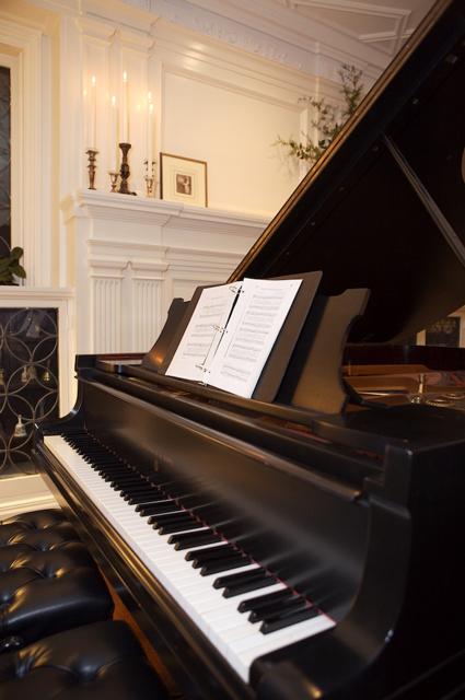 Piano-1s.jpg