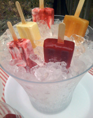 easy summer cocktails with popsicles