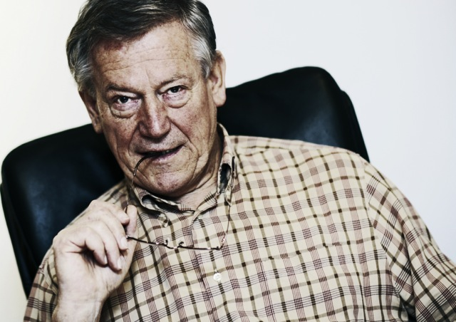 <b>Volker Bertelmann</b> &quot;Hauschka&quot; - Komponist, Pianist. - 1400211812725