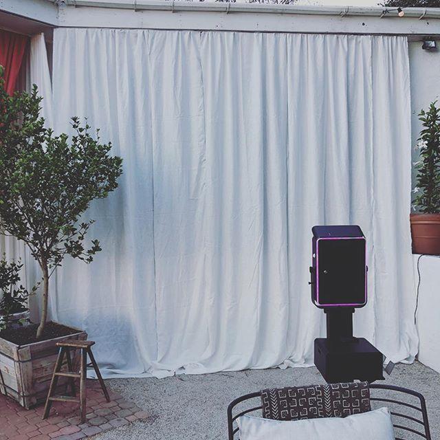Our SkinGlow Booth Setup👌 . . . . #skinglowbooth #glamphotobooth #photoboothfilter #airbrushfilter #kimkardashian #kyliejenner