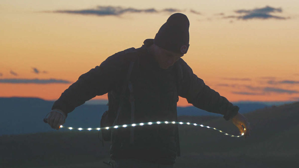 LIGHT ROPE MODE - Take the Luminoodle out of it's bag and unwrap the 1.5 m. or 3 m of LED's and strap it, magnet it, or loop it to whatever you have handy!