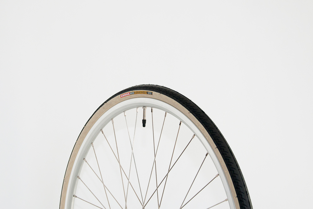 Kenda - Kontender Tires, Black/Ivory (650 x 25c) Springtime usually means, new shoes! Make sure you don't forget to get new shoes for your tokyobike too. Tires are an accessory too you know. Fits: Classic Sport, Sport, Single Speed. $30