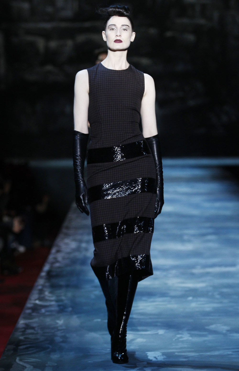LOOK 1: ERIN O'CONNOR