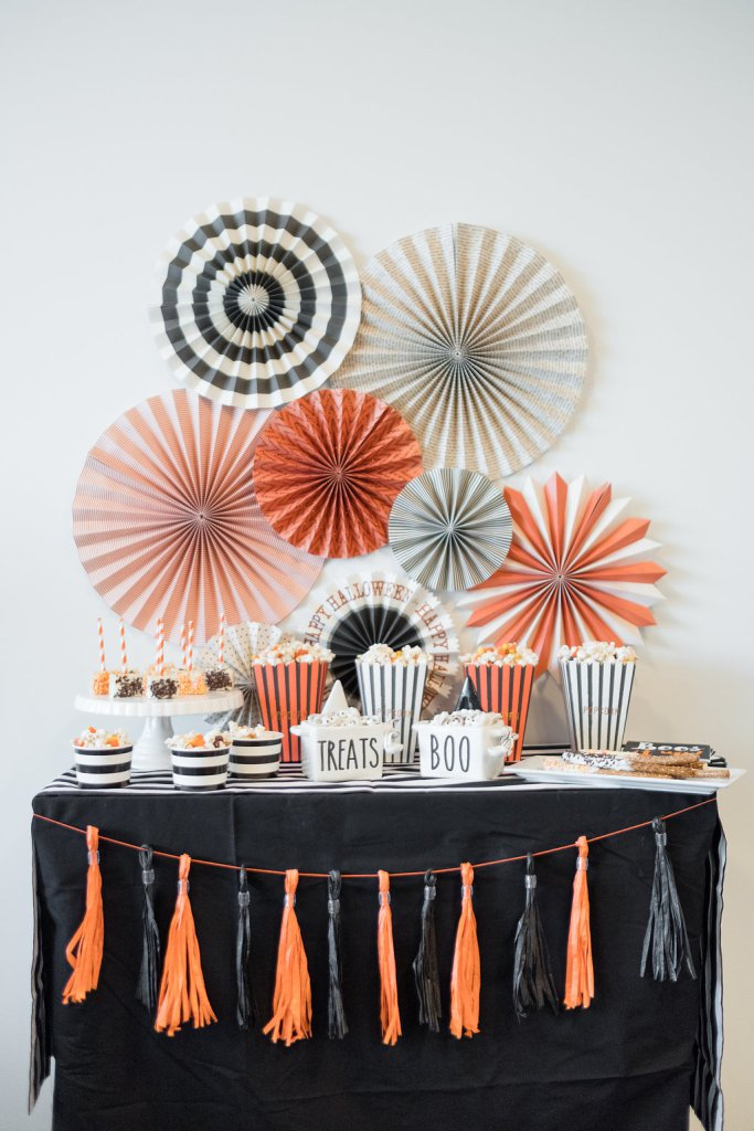 The-Everyday-Hostess-and-Swoozies-Halloween-Party-1.jpg