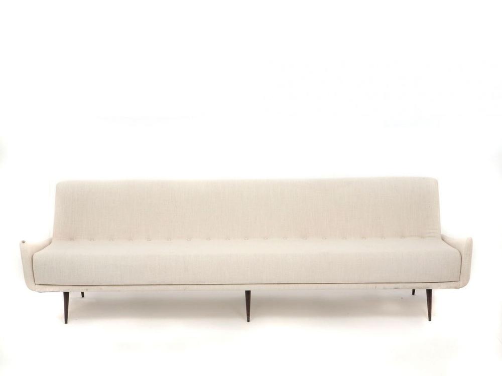 PO 801 Sofa
