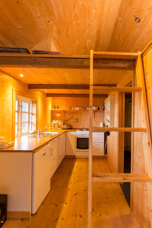 cottage-4.jpg