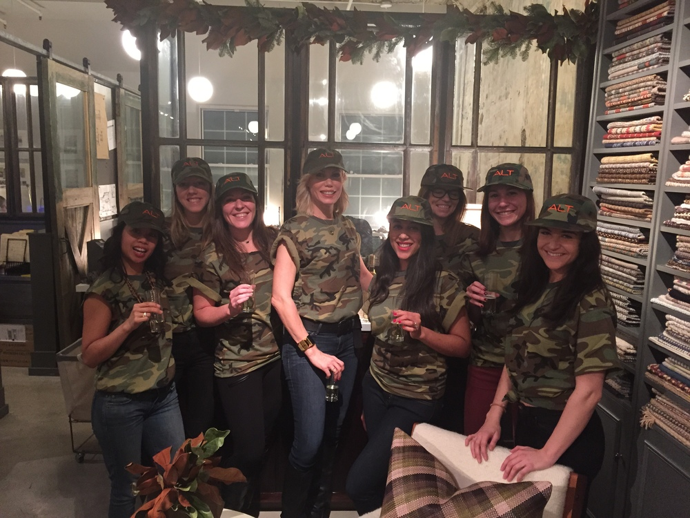 ALT CAMO CHRISTMAS PARTY