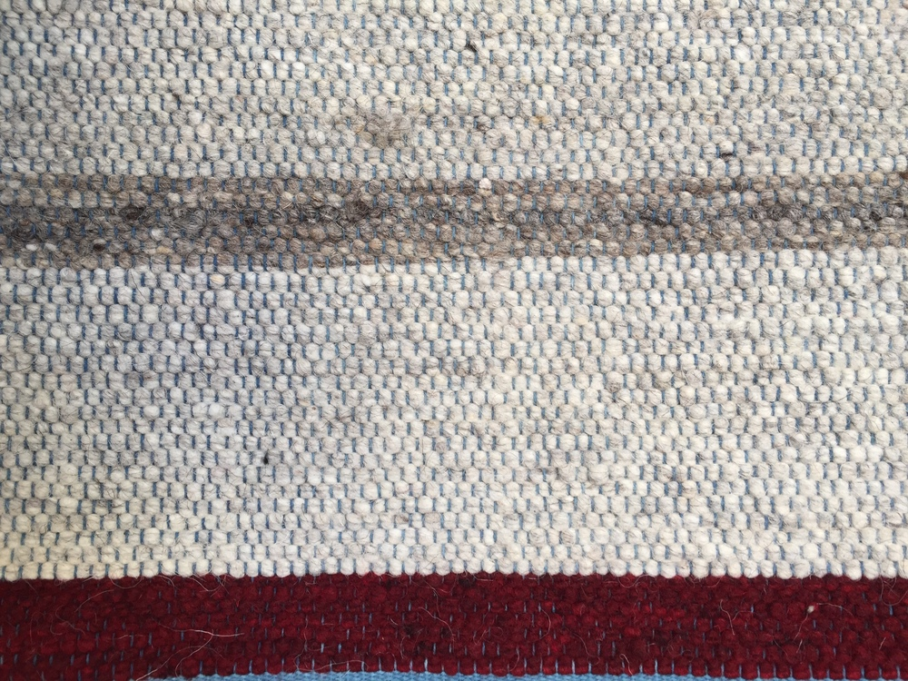 NATURAL STRIPE I LIGHT GRAY & BURGUNDY
