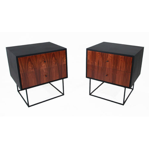 THE LEATHER QUADRAR NIGHT STAND