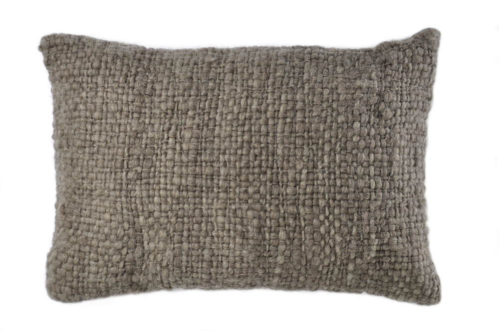 FLAME WOOL PILLOW I NATURAL GREY