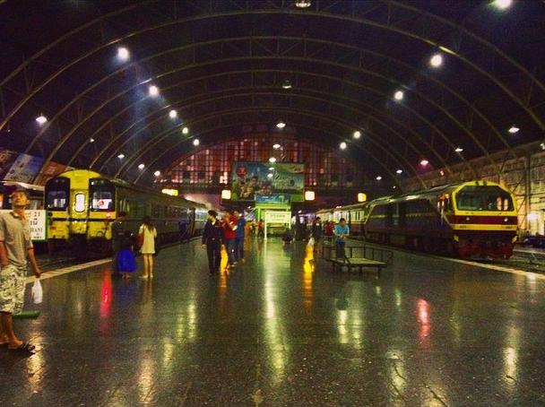 train-thailand.jpg