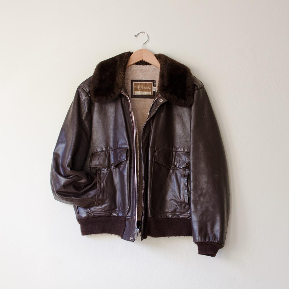 vintage-mens-brown-bomber-jacket-fur-collar-leather- 95ad42aff