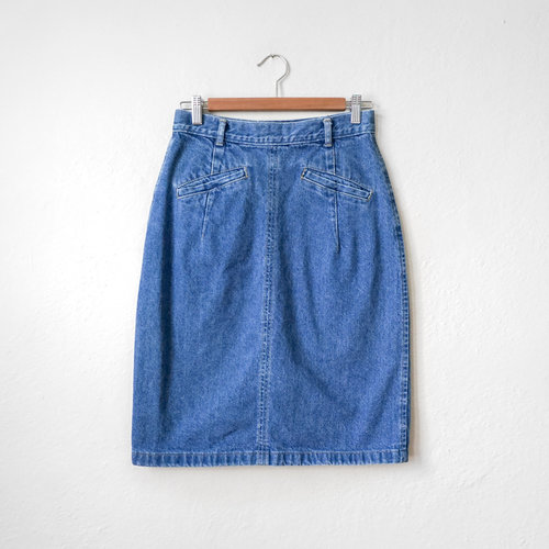 9df13ff1 vintage_1980s_blue_denim_french_navy_skirt-1.jpg