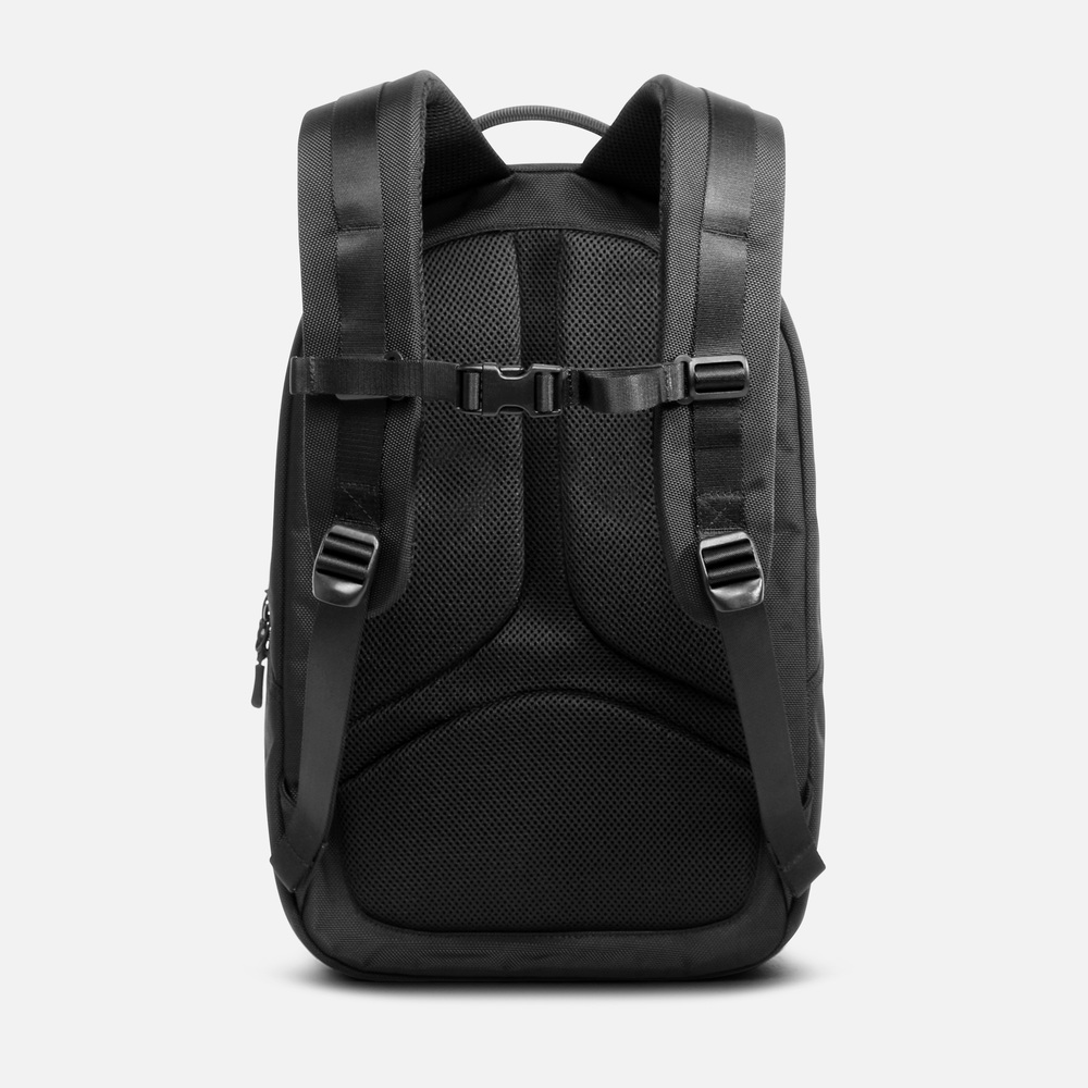 Fit Pack - Black — Aer | Modern gym bags, travel bags and ...