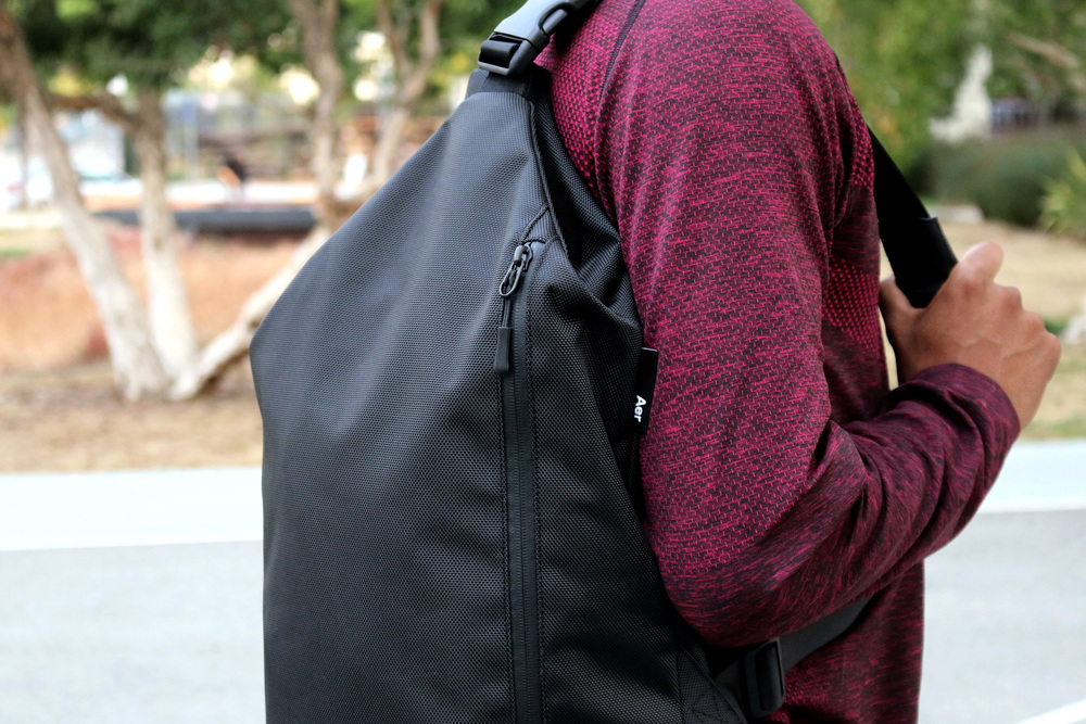 Sling Bag - Black — Aer | Modern gym bags, travel bags and ...