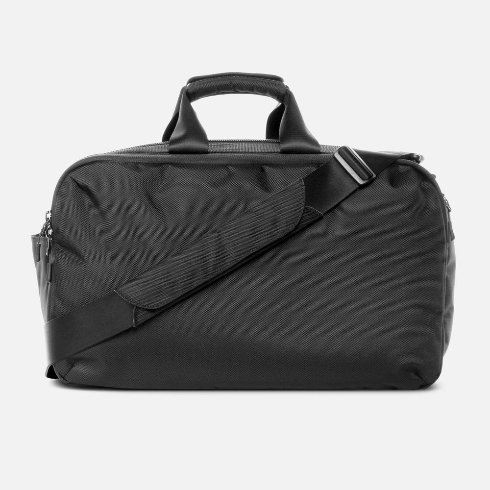 aer_gym_duffel_back.jpg