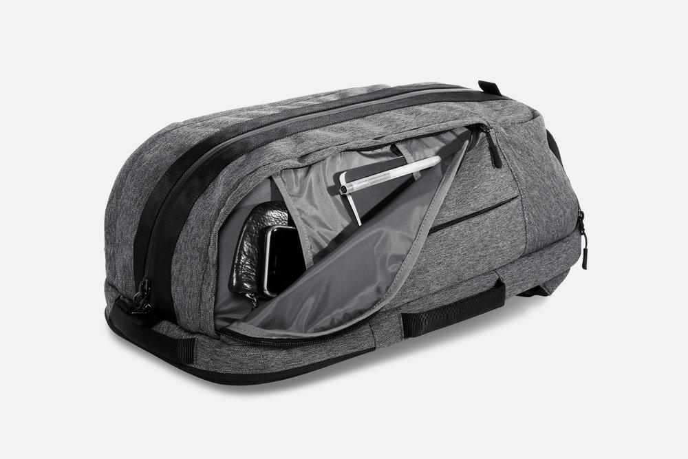 Aer Duffel Pack Gym/Work Pack Sport Bag Side Pockets