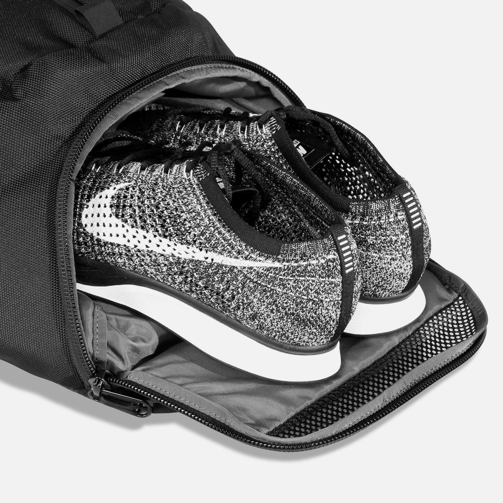 11001_dp2_black_shoes.JPG