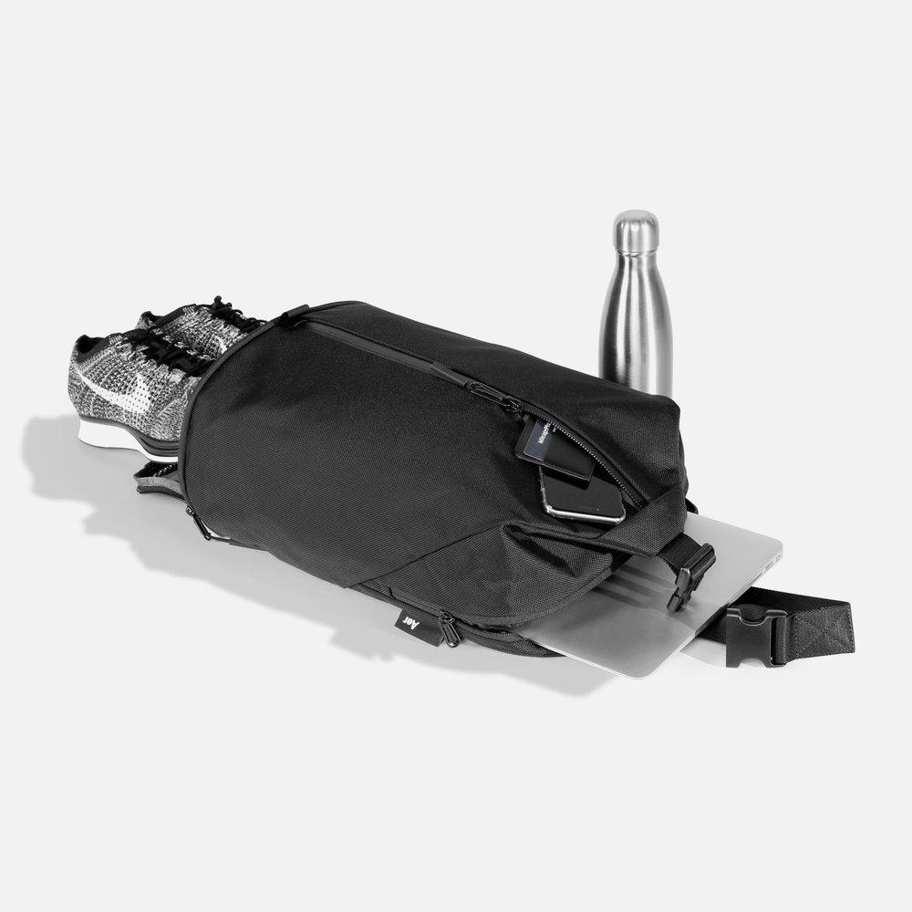 11003_sb2_black_gear.JPG