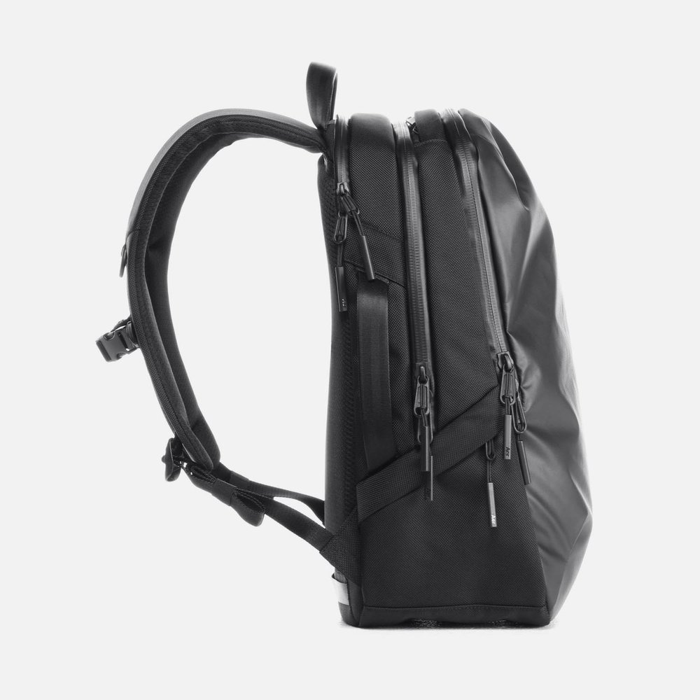 31002_techpack_black_left.JPG