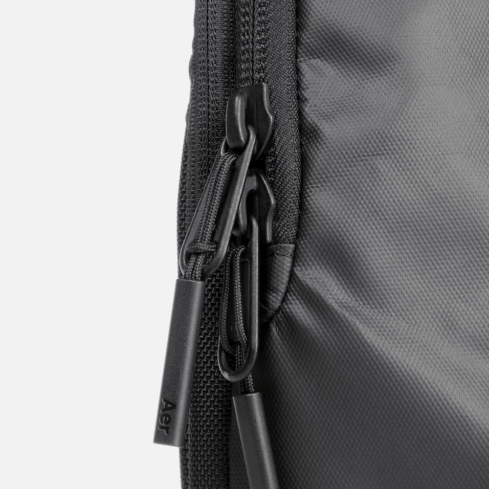 31005_techsling_black_zippers.JPG