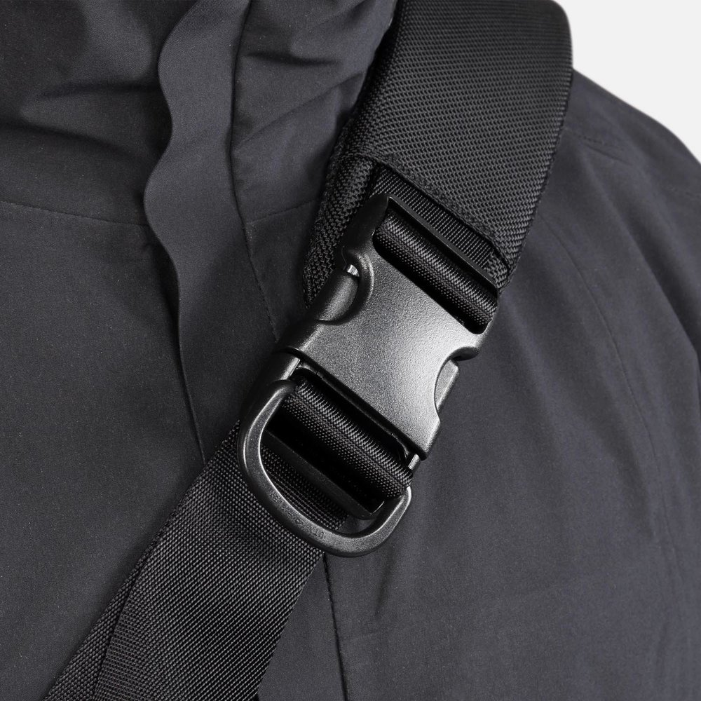 31005_techsling_black_detail.JPG