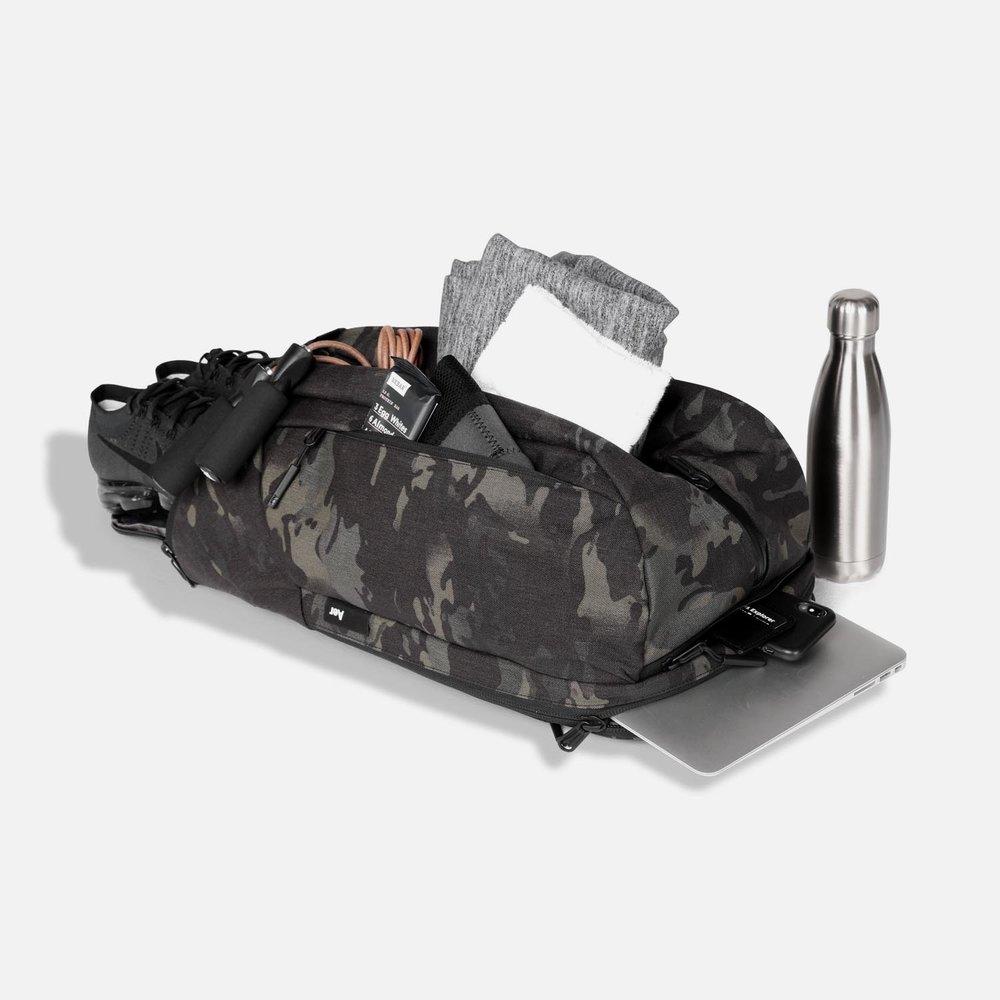 14001_dp2_blackcamo_gear.JPG