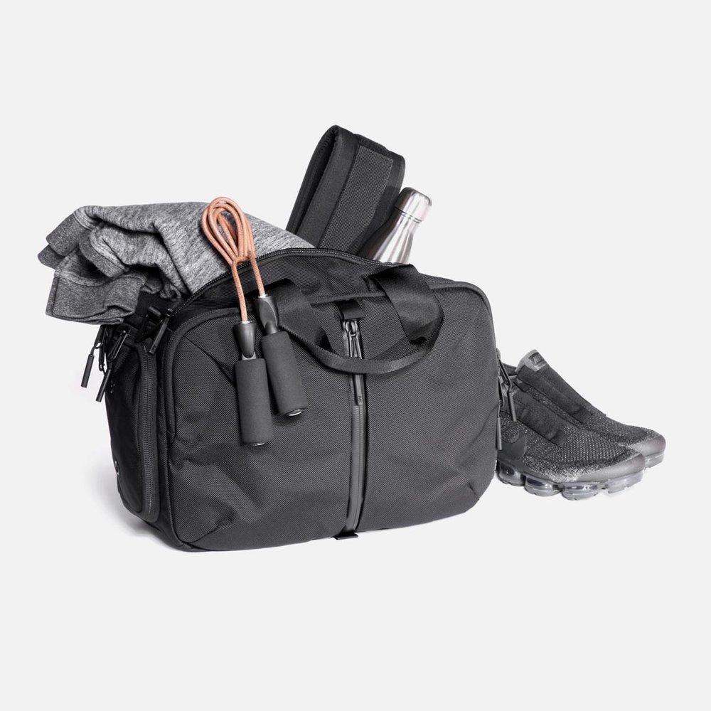 11009_gd2s_black_gear.JPG