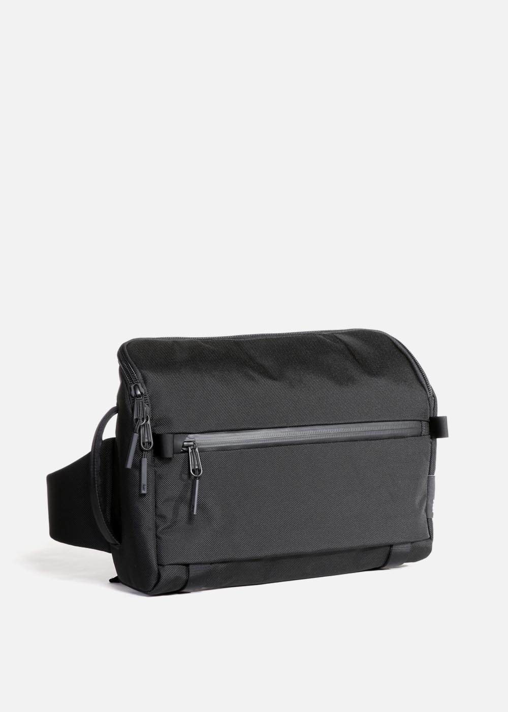 travel_aer_travel_sling_black.JPG