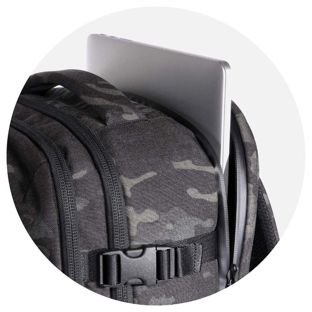 24007_tp2_blackcamo_laptop.jpg