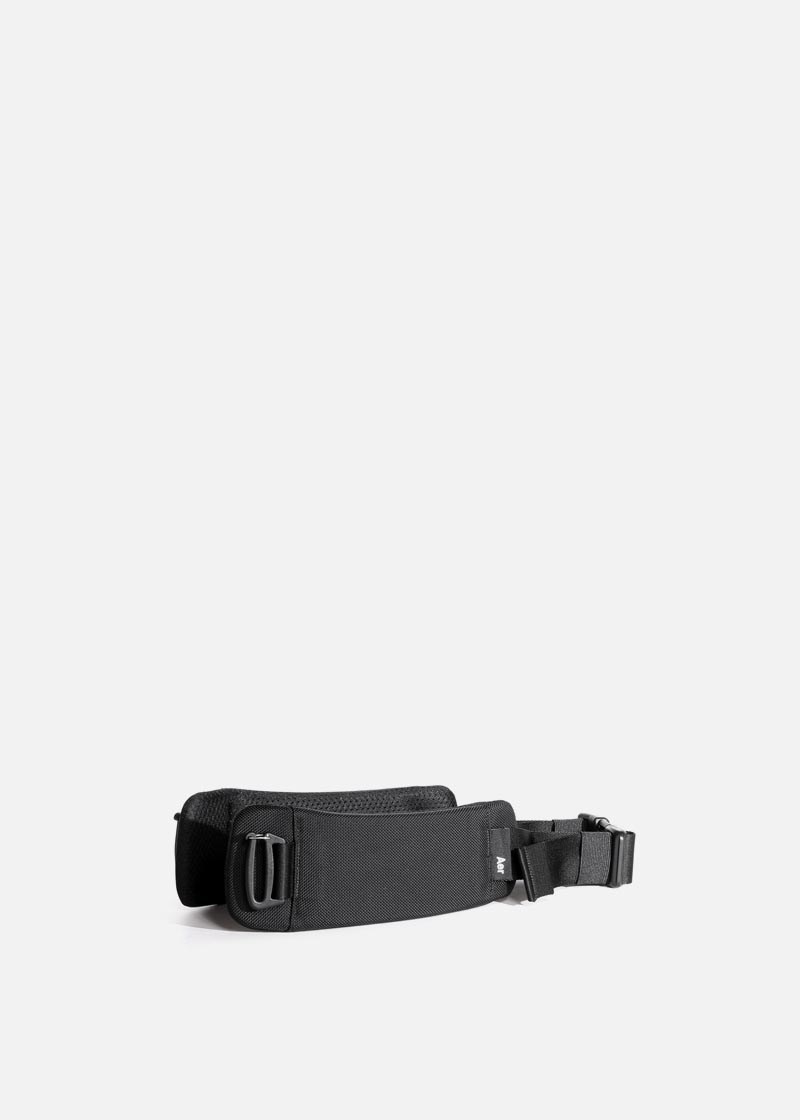 travel_aer_hipbelt_black.JPG