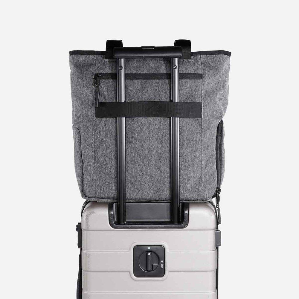 12008_gymtote_gray_luggage.jpg