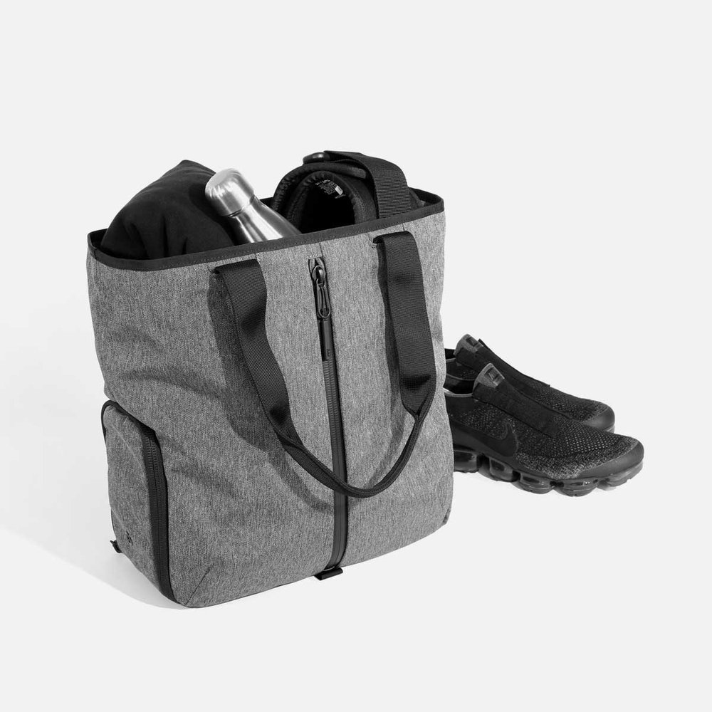 12008_gymtote_gray_gear.jpg