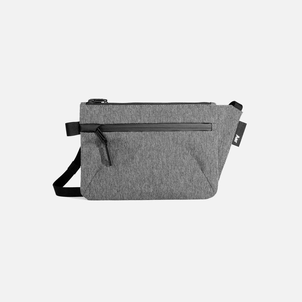 22019_slingpouch_gray_front.jpg
