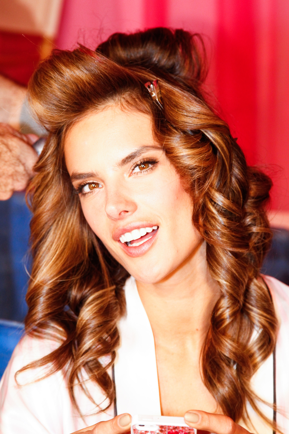 vic006com-fashion-show-media-kit-2013-alessandra-hair-backstage-victorias-secret-hi-res.jpg
