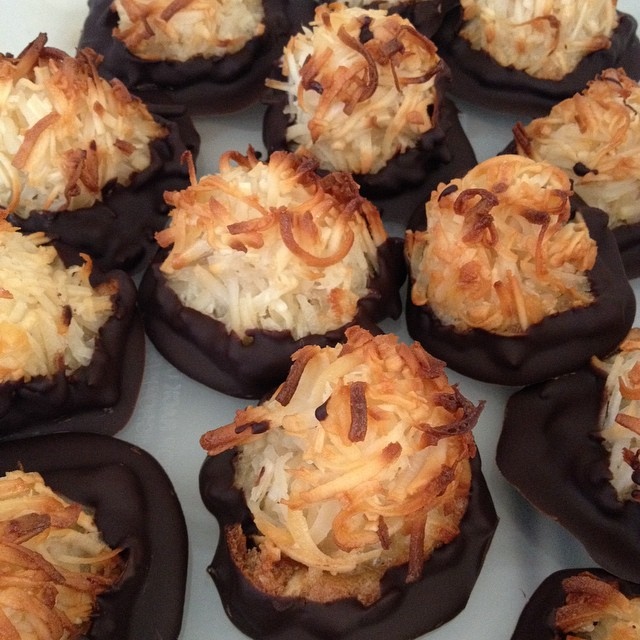 Chocolate coconut macaroons made by SW editor Cynthia/image:C.Hope for stylewylde